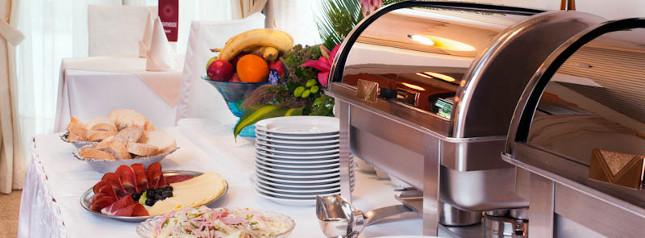 hotel lighthouse igalo herceg novi montenegro restoran. Black Bedroom Furniture Sets. Home Design Ideas